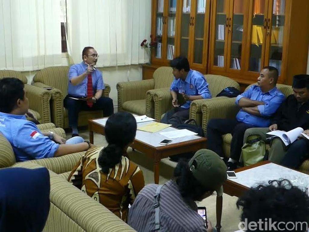 Buruh di Yogyakarta Buka Posko Pengaduan THR