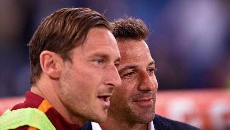 Simpati Del Piero untuk Totti