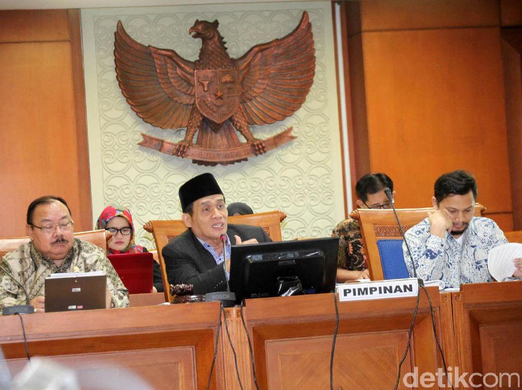 Panja DPR Rapat Bahas RUU Antiterorisme