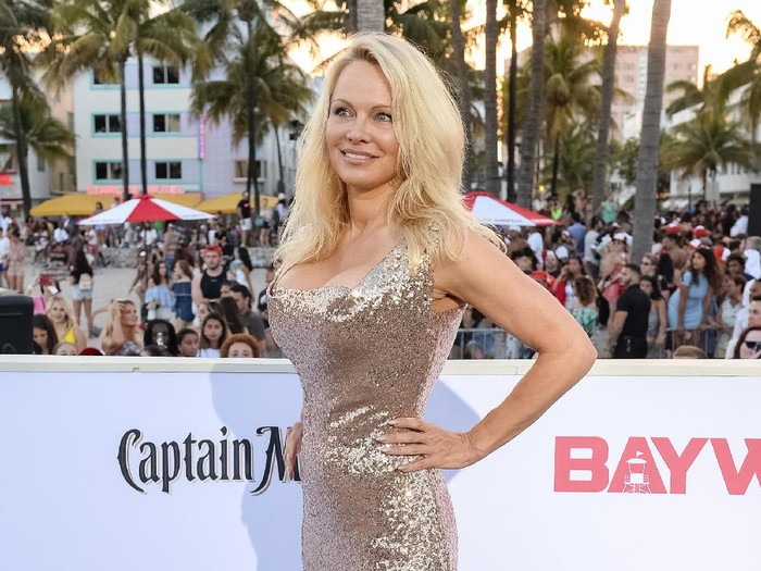 CANNES, FRANCE - MAY 20:  Actress Pamela Anderson attends the