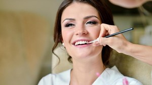 Pentingnya Tes Make Up untuk Riasan Jauh-jauh Hari Sebelum Pernikahan
