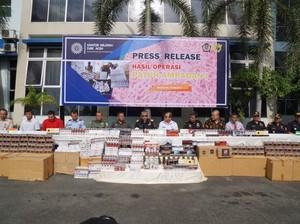 Jutaan Batang Rokok Ilegal di Aceh Disita
