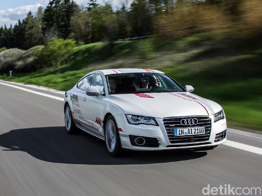 Audi Diperbolehkan Ngetes Mobil Tanpa Sopir di New York