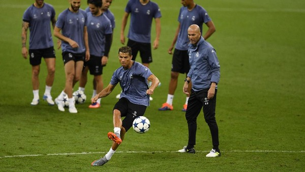 Ronaldo Lebih Senang Disebut Pencetak Sejarah ketimbang Pemain Bintang