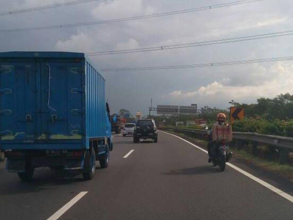 Loh Mas, Kok Motor Masuk Tol Jakarta-Merak?