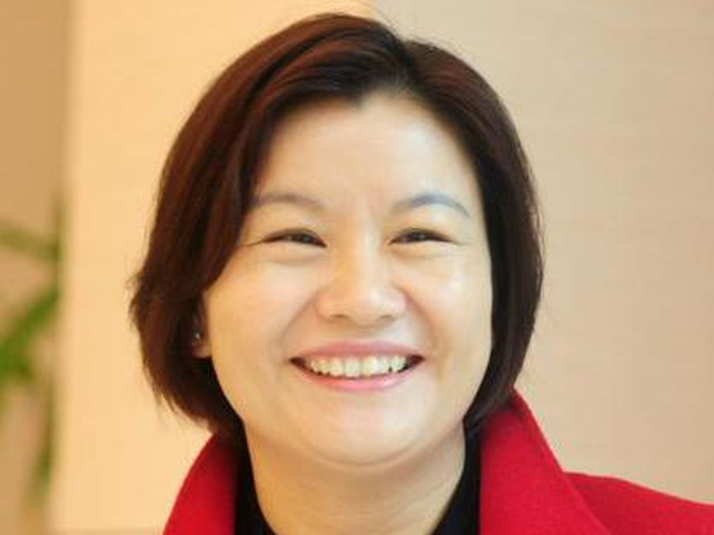 Perjuangan Zhou Qunfei Jadi Wanita Terkaya di China Berharta Rp 60 T