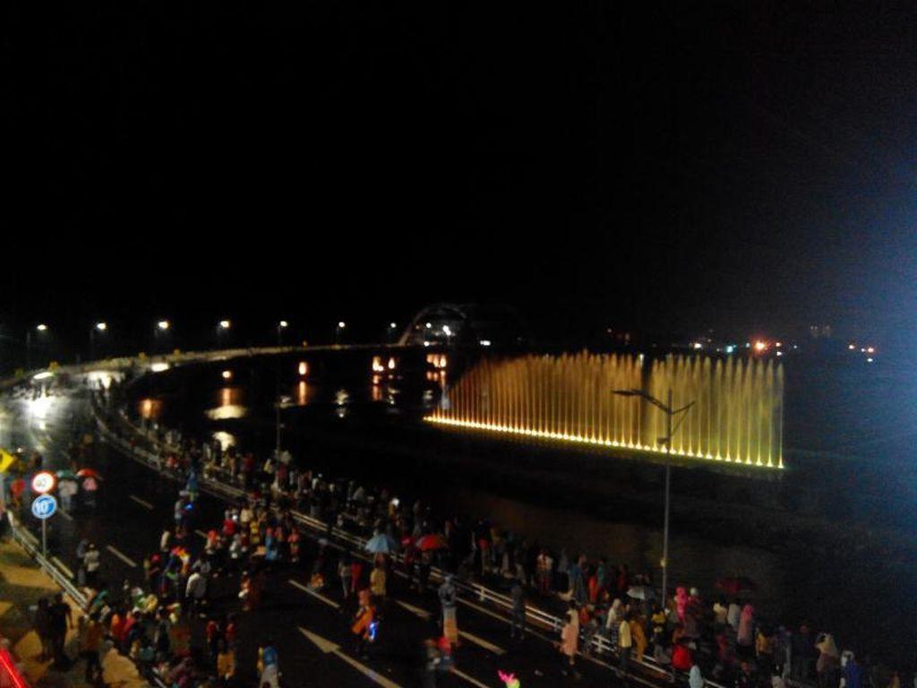 Tak Ada Air Mancur Menari di Surabaya Saat Malam Pergantian Tahun