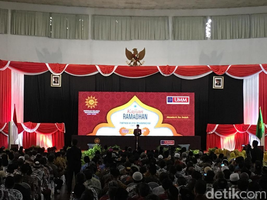 Soal Isu Melindungi PKI, Jokowi: Silakan Cek