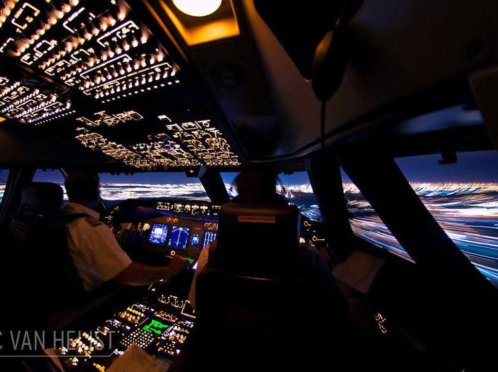 Kapten Vincent Buka Kesempatan Jadi Pilot Sehari, Tarifnya Rp 4 Juta/Jam