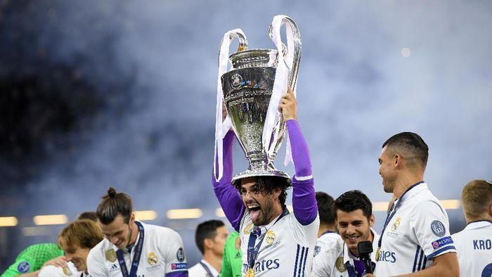 Isco sudah punya tiga medali juara Liga Champions bersama Real Madrid (Foto: Matthias Hangst/Getty Images)
