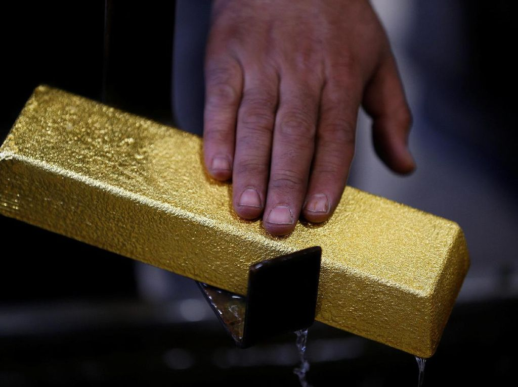 Penguatan Dolar AS Tekan Harga Emas