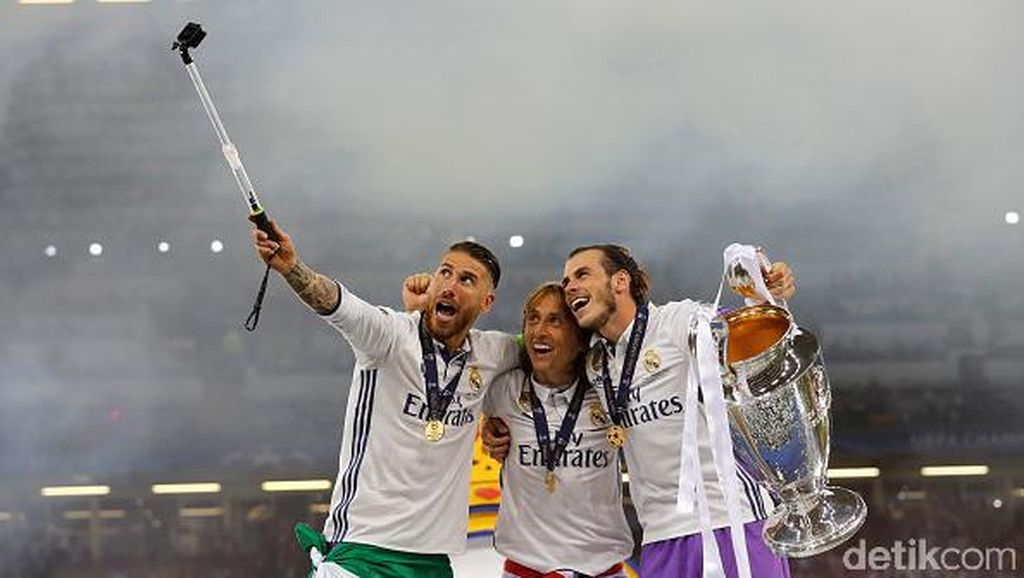 Selfie Juara Liga Champions, Sergio Ramos: Hala Madrid, Pique!