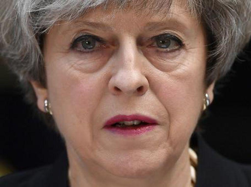 Status Kritis Usai Bom Kereta London, Tentara Inggris Dikerahkan