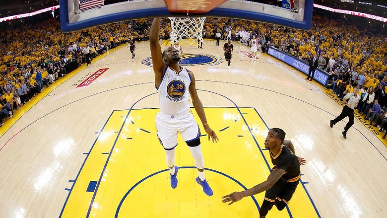 Warriors Hempaskan Cavaliers untuk Unggul 2-0
