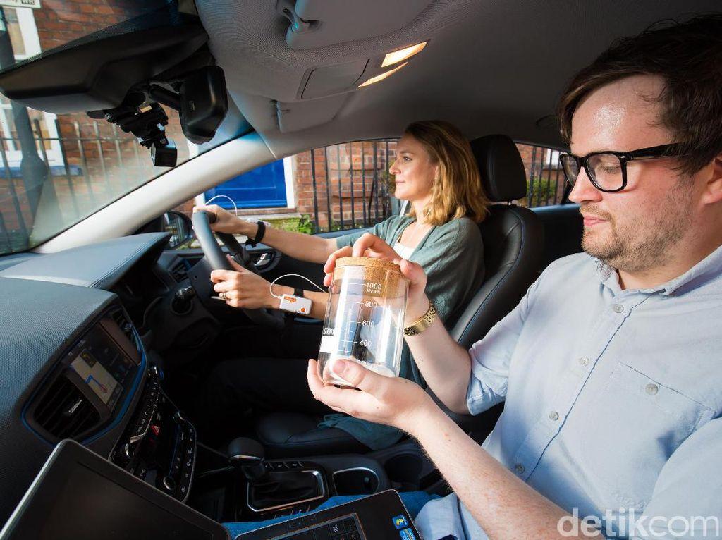 Siapa Menyetir Lebih Aman, Pria Atau Wanita?