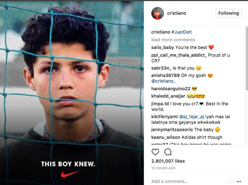 Kaus Adidas Ronaldo di Iklan Nike
