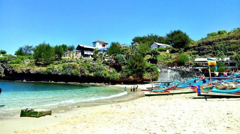 Ilustrasi Pantai Gesing di Gunungkidul (windra2/dTraveler)