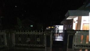 Sungai Ciharashas Meluap, Banjir Rendam Permukiman Warga di Cianjur