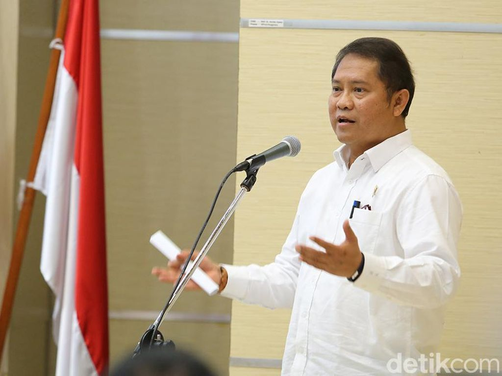 Menteri Rudiantara Bantah Omongan Pencipta Telegram