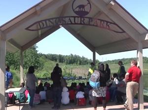 Wisata Menggali Tulang Dinosaurus, Mau?