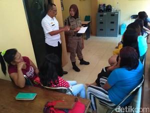 Berdalih Penuhi Kebutuhan Lebaran, 10 Wanita Dijaring Satpol PP