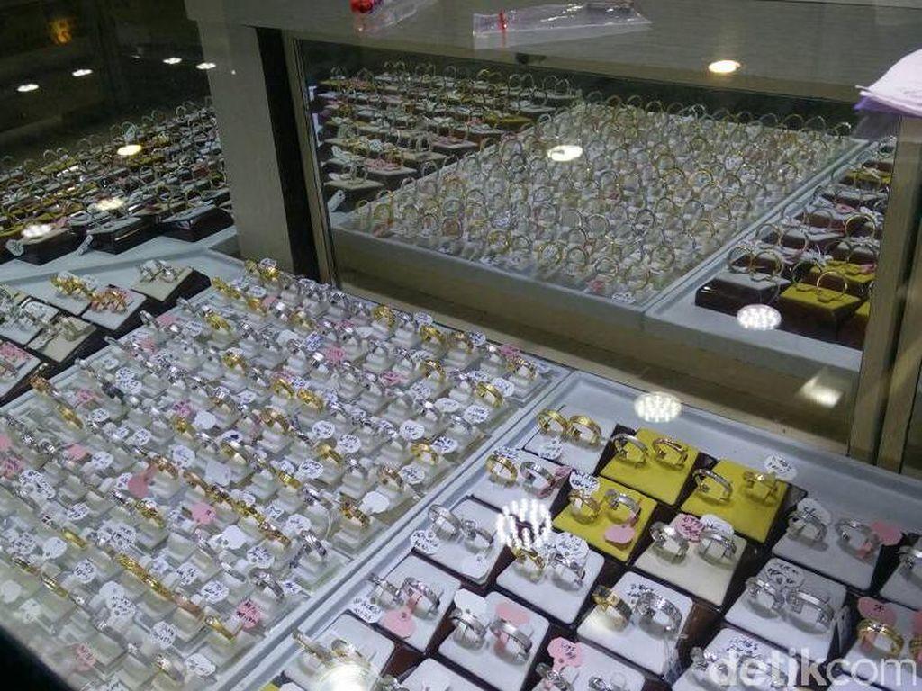 Harga Perhiasan Naik, Bikin April Inflasi 0,10%
