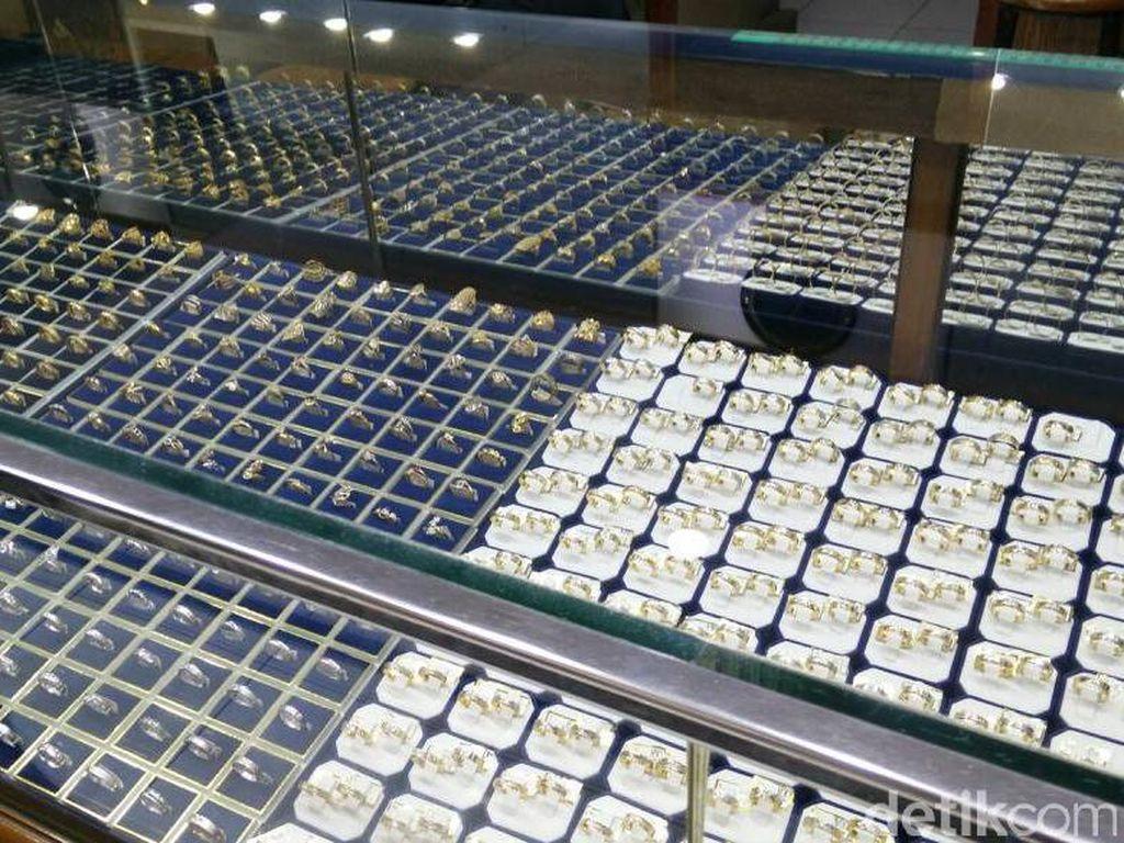 Perhiasan Bikin Inflasi, BPS: Banyak yang Beli Emas Jelang Lebaran