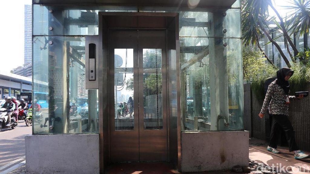 Lift Rusak di Halte Tosari dan Sarinah Tak Kunjung Diperbaiki