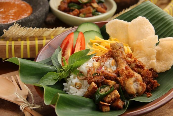 5 Kawasan Sarapan Nasi Uduk Betawi Yang Tenar Nikmat Di Jakarta