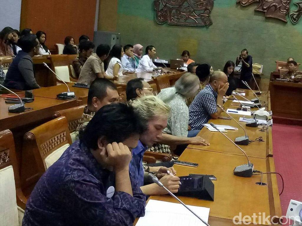 Curhat Young Lex di DPR: Lagu Tak Bisa Diputar hingga Pembajakan