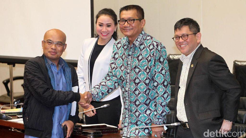 Rapat Perdana Pansus Hak Angket KPK