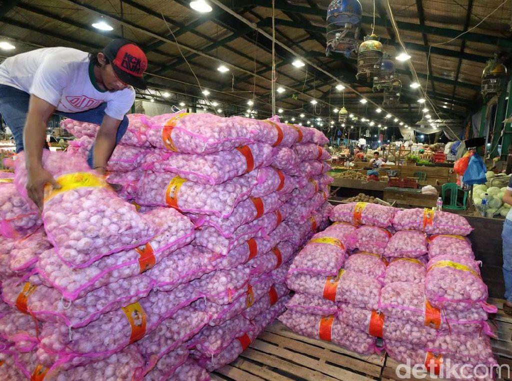 10.000 Ton Bawang Putih akan Masuk DKI, Diimpor dari China