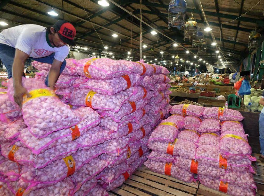 Impor Masuk, Bawang Putih Mulai Turun ke Rp 40.000/Kg