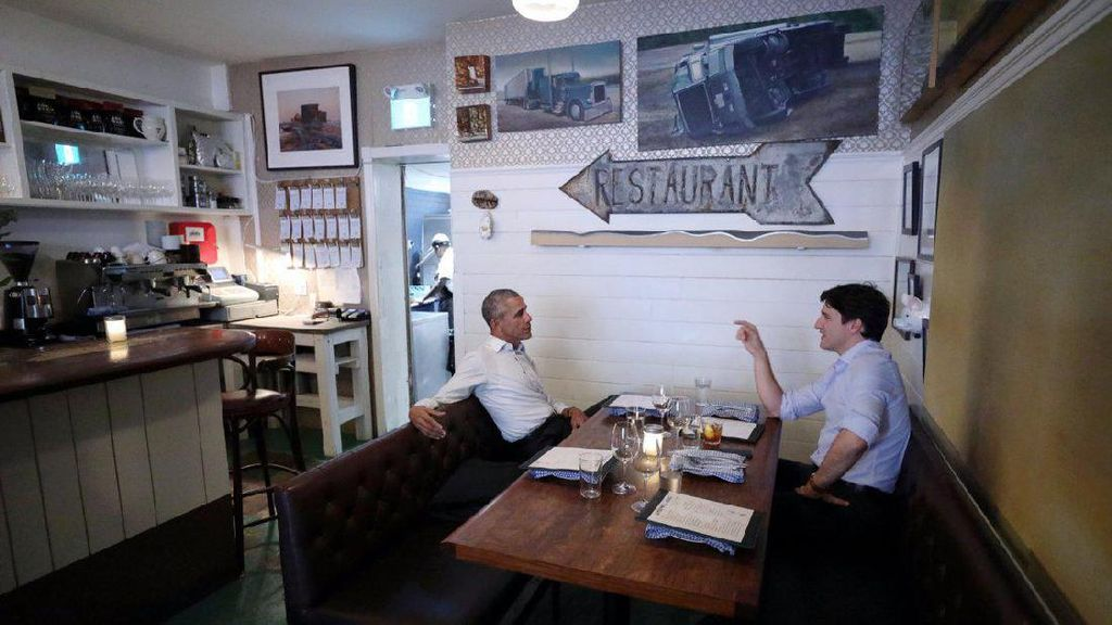 Makan Malam Akrab Obama & Trudeau Bikin Heboh Medsos