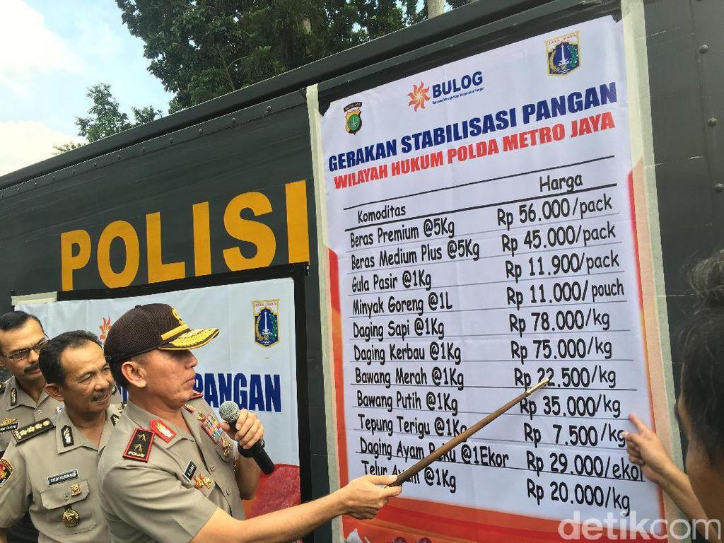 Polda Metro dan Bulog Gelar Operasi Pasar di DKI Jakarta