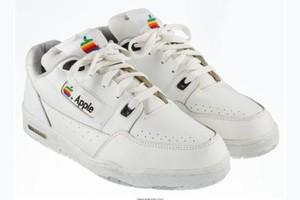 Sneakers Apple Dilelang Mulai Dari Rp 199 Juta