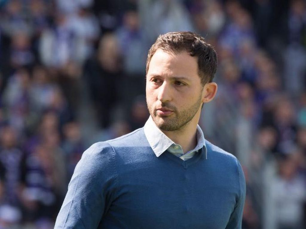 Schalke dan Leverkusen Punya Pelatih Baru