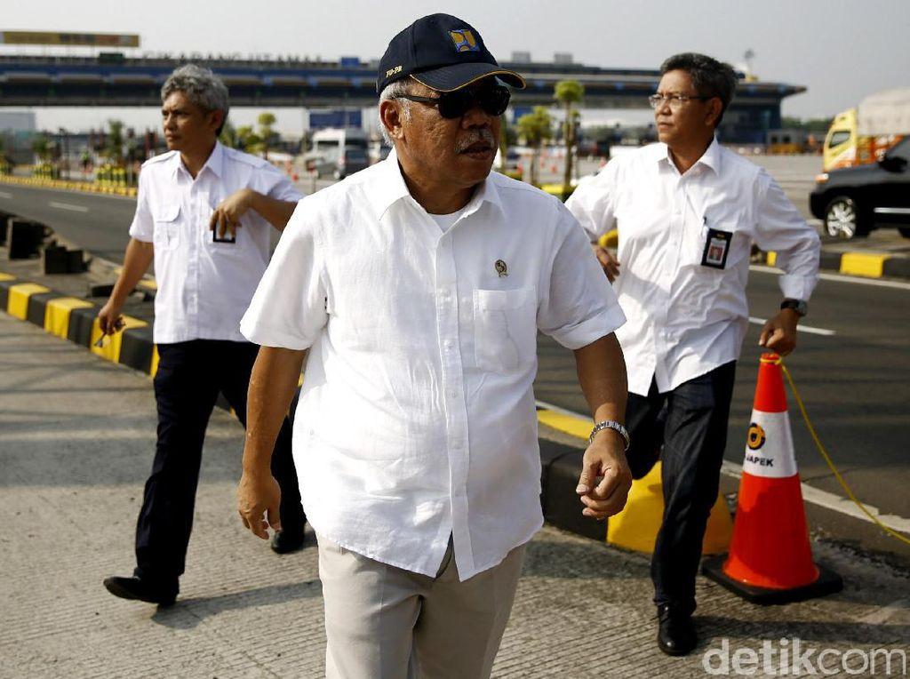 Tak Cuma Kocak, Menteri Basuki Pun Menggila di Balik Drum