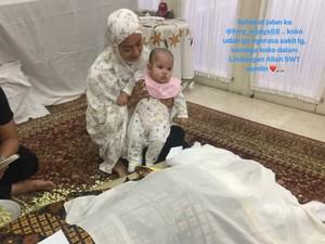 Ririn Ekawati Masih Umrah, Anak Temani Jenazah Sang Ayah