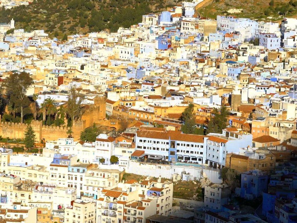 Jelajah Maroko: Dari Kota Biru hingga Kota Merah