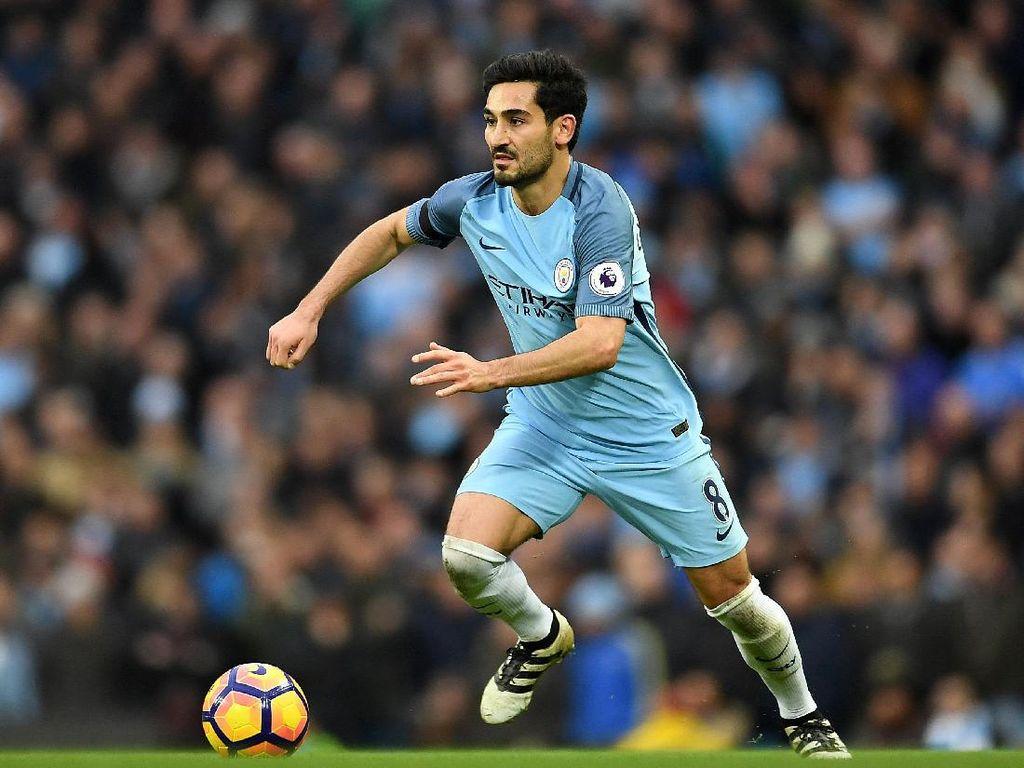 Guardiola Tak Mau Ambil Risiko dengan Kondisi Guendogan