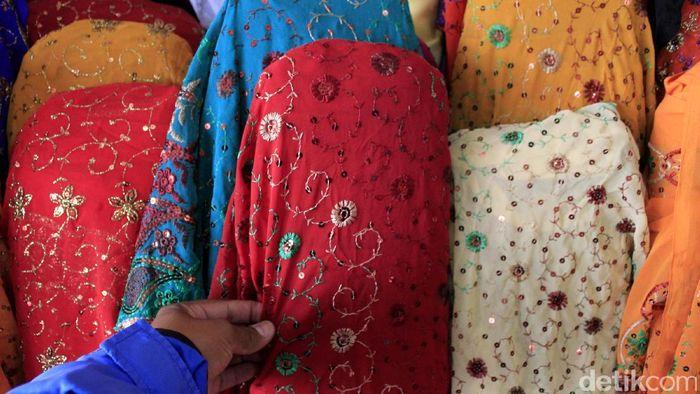 Ilustrasi Tekstil Impor Foto: Wisma Putra