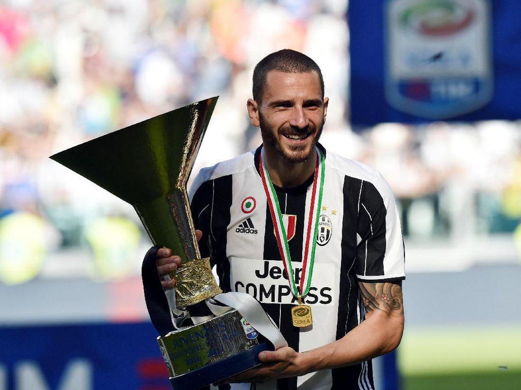 Para Pemain Juara Datang dan Pergi, Juventus Tetap Sama