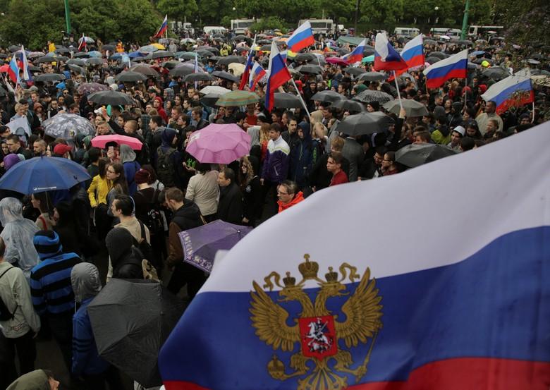 Pemerintahnya Hendak Main Gusur dan Relokasi, Warga Moskow Melawan