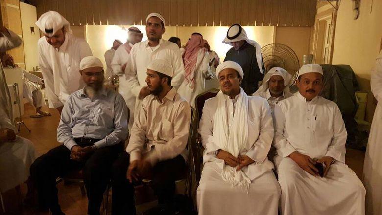 Saat Habib Rizieq Bertemu Zakir Naik di Arab Saudi