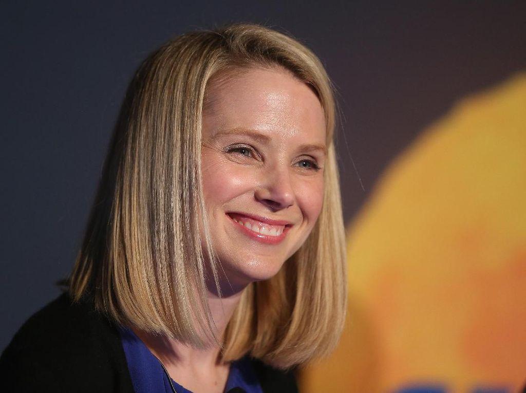 Momen Si Cantik Berotak Cemerlang Pimpin Yahoo