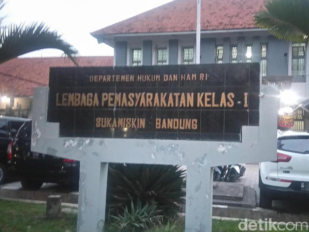 Sakit-sakitan, Eks Ketua DPRD Riau Minta Pindah dari LP Sukamiskin