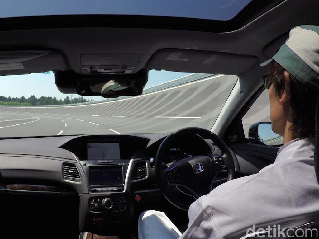 Menperin Usul Ibu Kota Baru Dipenuhi Mobil Tanpa Sopir