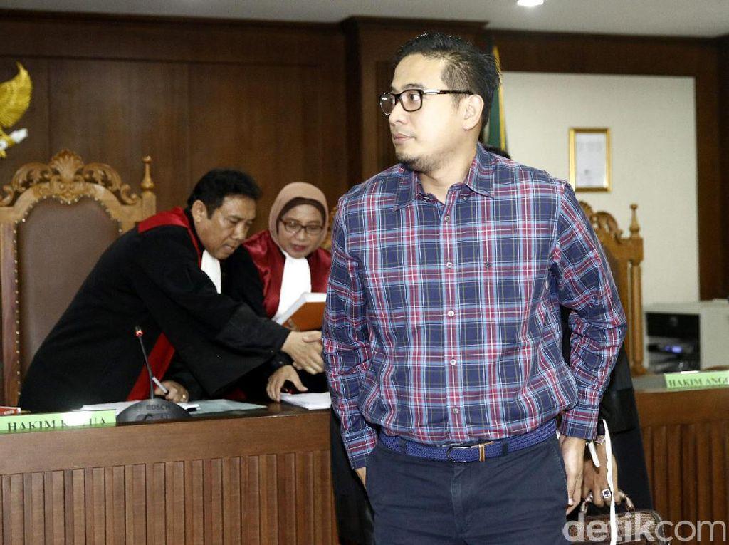 Raden Brotoseno: Kisah Cinta Bikin Geger KPK hingga Nikahi Tata Janeeta
