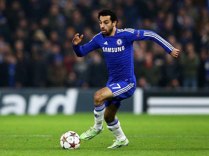 Penampilan Mohamed Salah ketika masih berkostum Chelsea (Foto: Clive Mason/Getty Images)